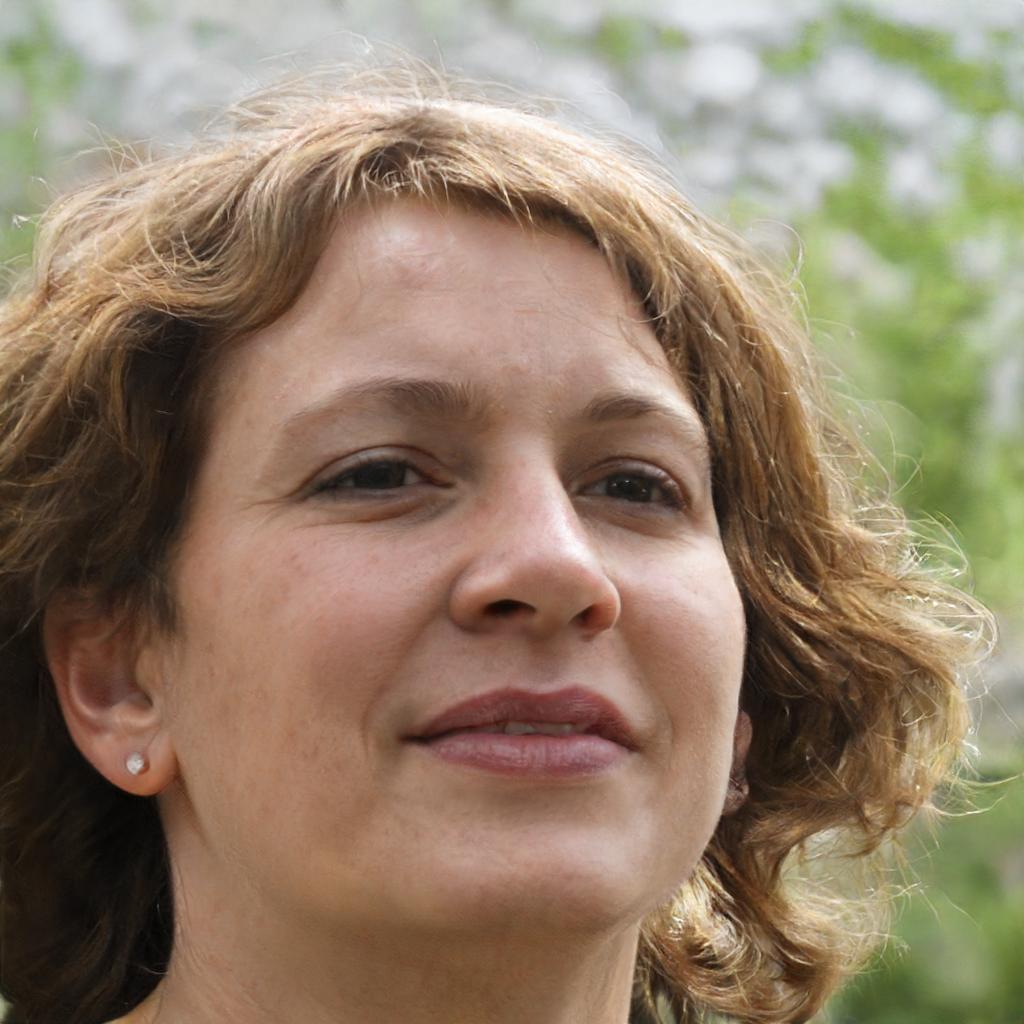 Petra Lezguere